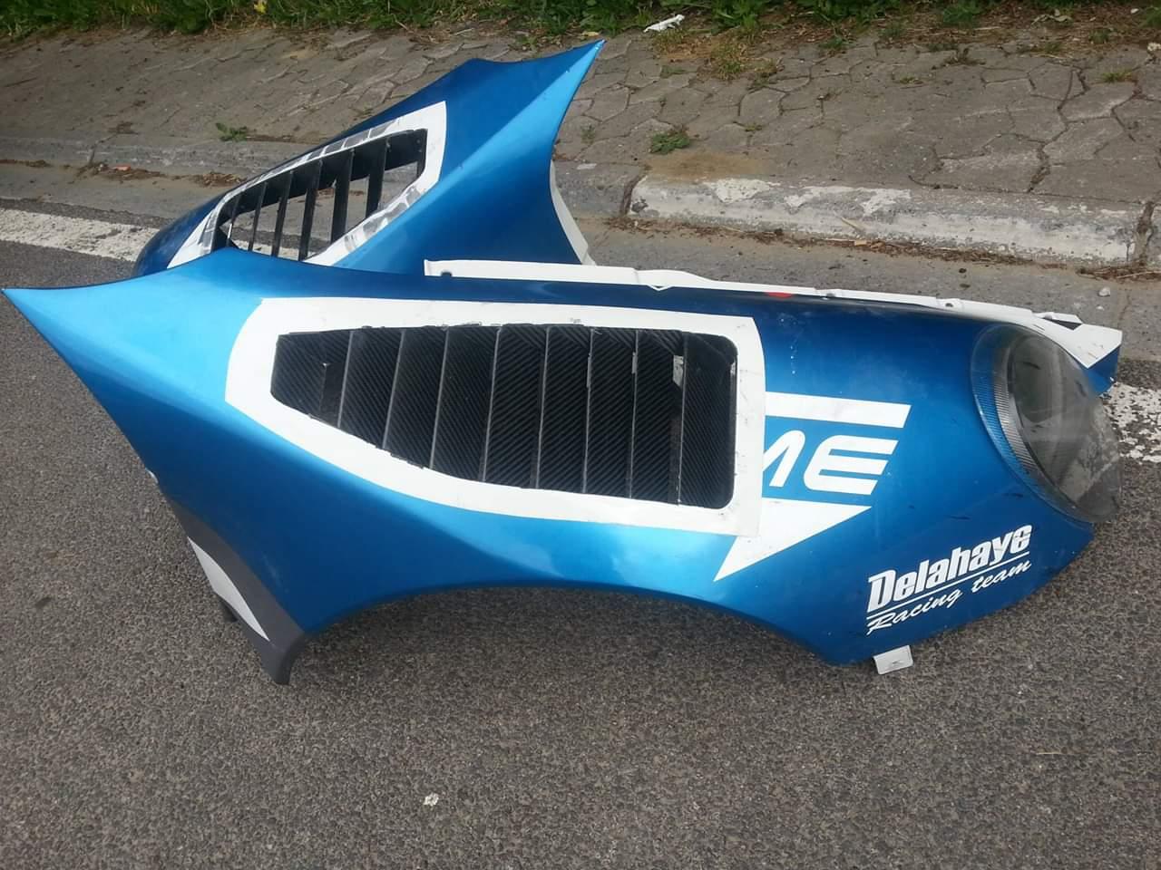 Réparation carbone Belgique Porsche 997 GT3 poly concept Composites aile avant (8)