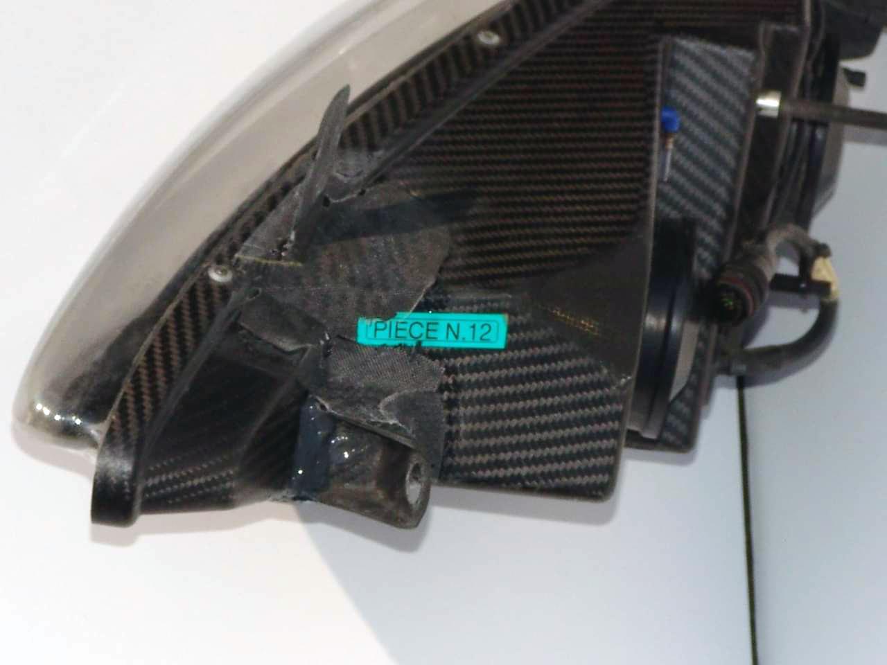 Reparation carbone Belgique Poly Concept Composites phare carbone Peugeot 307 wrc (3)