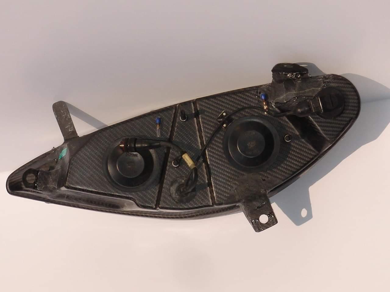 Reparation carbone Belgique Poly Concept Composites phare carbone Peugeot 307 wrc (4)