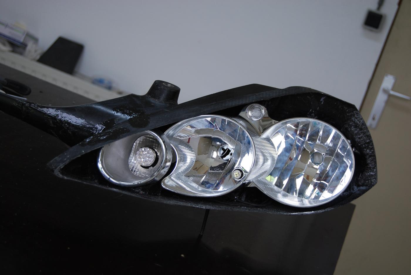 Reparation carbone Belgique automobile First wrc rampe de phares (12)