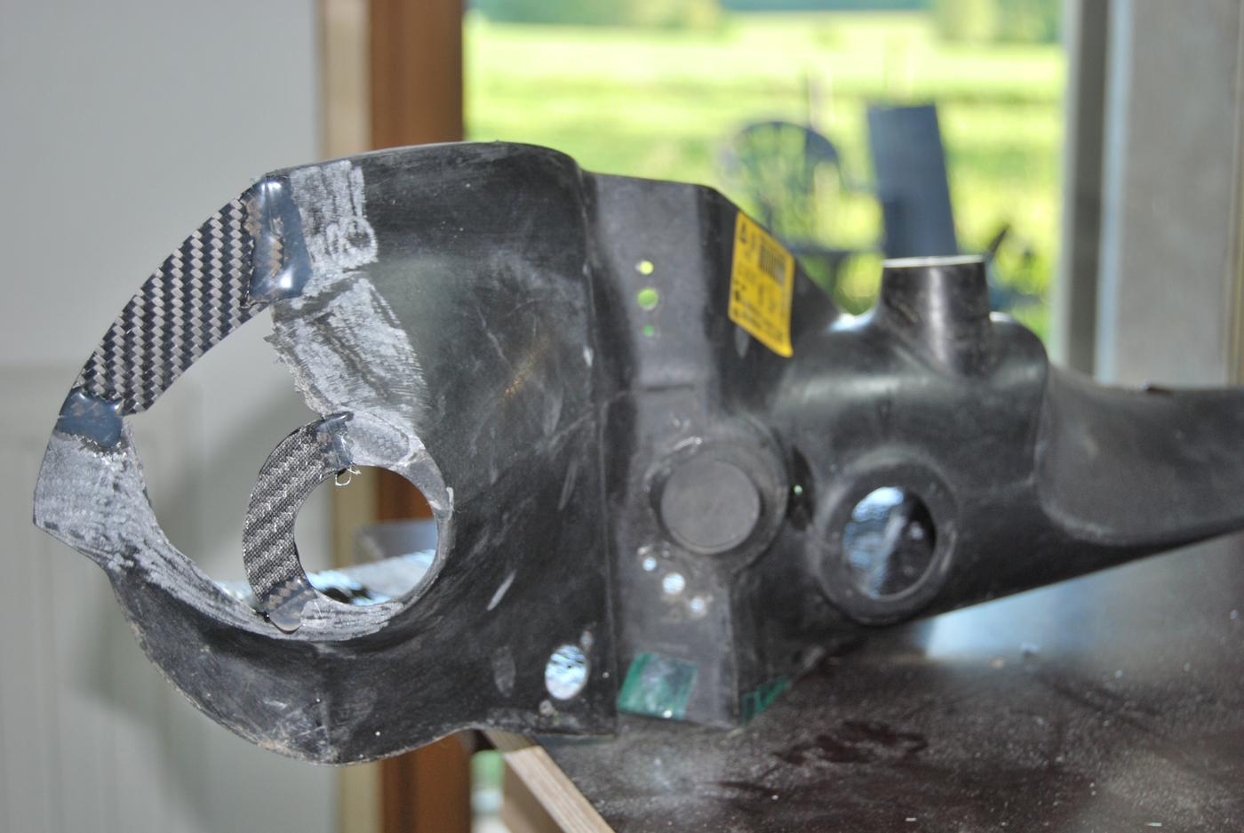 Reparation carbone Belgique automobile First wrc rampe de phares (4)