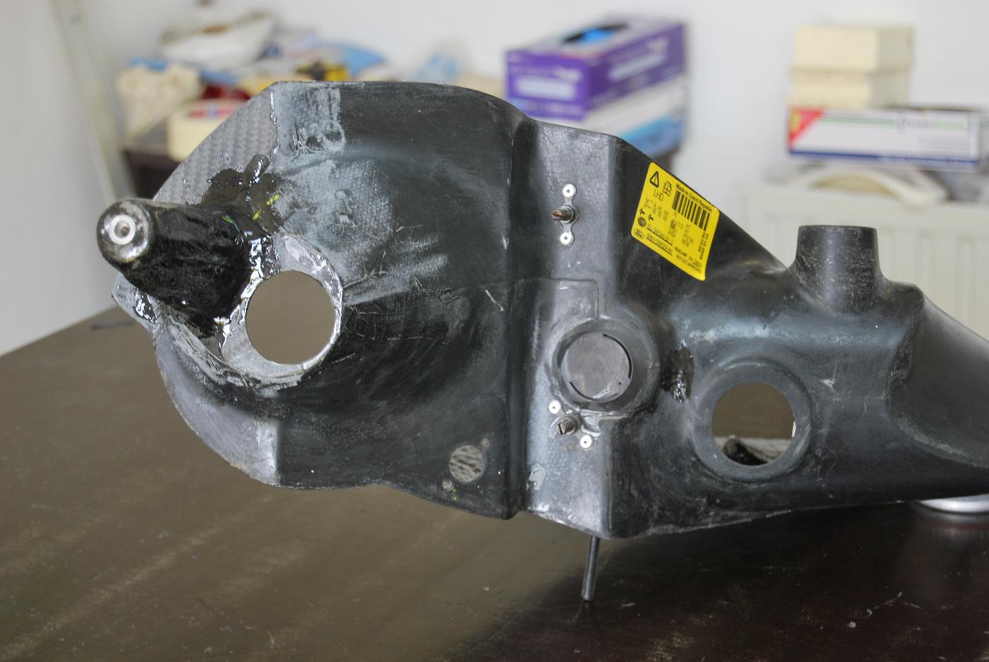Reparation carbone Belgique automobile First wrc rampe de phares (8)
